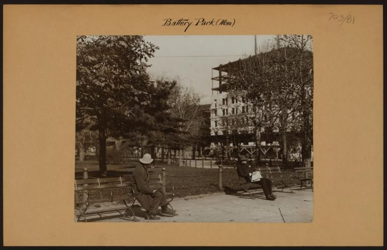 Battery Park 1915 - State Street  © NYPL Digital Collections