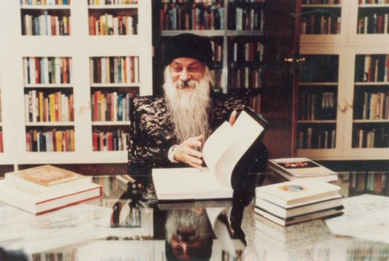"""Osho, """"Books I Have Loved: Talks given from 1982"""", Oregon, USA, 1984."""